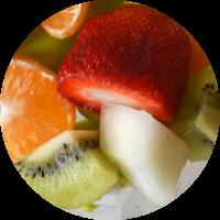 Fruta envasada: fresa, melón, kiwi, mandarina